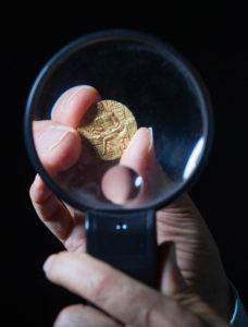 An Economist Turns Numismatist